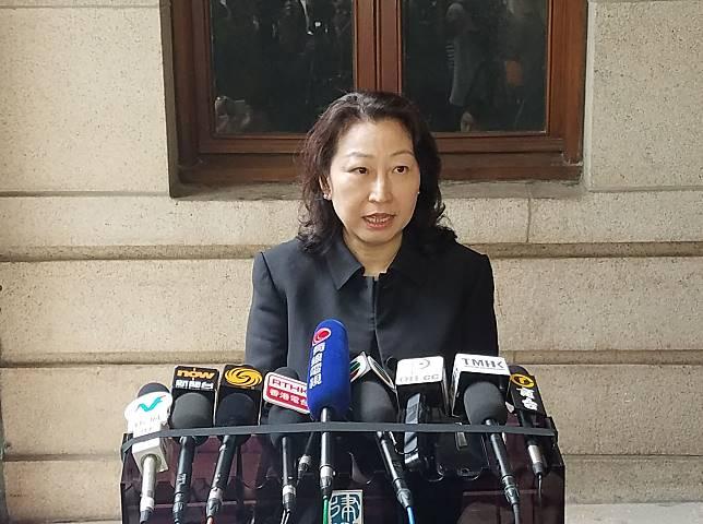律政司司長鄭若驊7月17日啓程訪京。資料圖片
