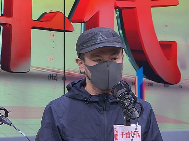 鍾先生批評警察失職、投訴警察課沒作用。