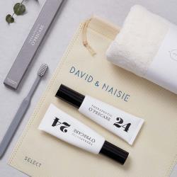 ◎24小時全效護理牙膏,滿足你全天候口腔深層清潔、防護需求(不含氟)|◎雙層柔纖刷毛,可避免牙齦出血、完整清潔牙齒表面!|◎買就送 100%純棉柔軟毛巾,保養口腔也呵護您的肌膚。品牌:O'PRECAR