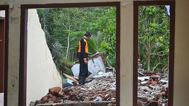 Longsor di Dusun Jatiluhur, Desa Padangjaya, Majenang, Cilacap, Jawa Tengah merusak 25 rumah warga pada 2017-2019. (Foto: Liputan6.com/Muhamad Ridlo)