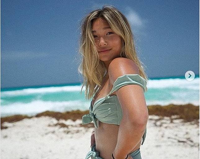 5 Pose Seksi Chloe Kim, Atlet Ski yang Mendunia di Usia Muda