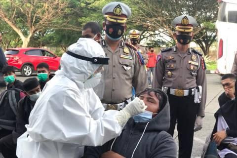 Perjalanan Lintas Kab/Kota di Aceh Tak Perlu Surat, Polisi Akan Tes Antigen Acak (1)