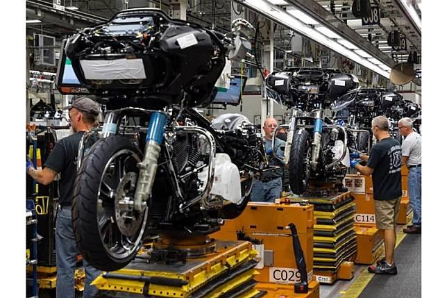 เผย Harley Davidson เลิกจ้างพลักงานกว่า 700 คนทั่วโลก