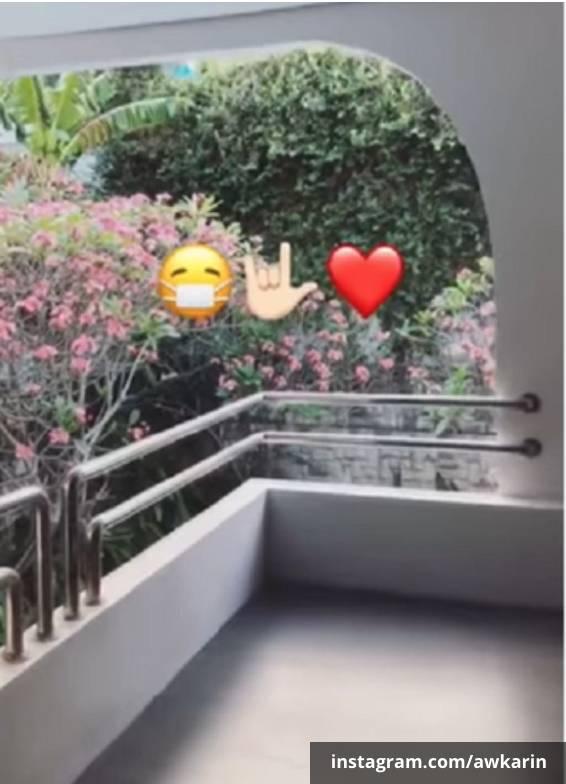 Pemandangan balkon rumah baru Awkarin