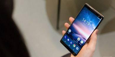 """Nokia 8 Sirocco, Android One """"Bezel-less"""" Berbahan Kaca"""