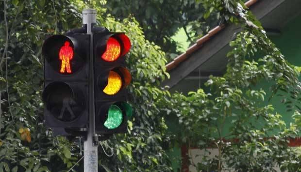 Lampu lalu lintas. TEMPO/Subekti