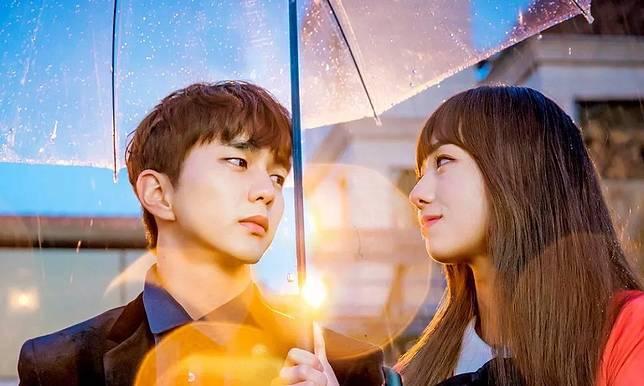5 Momen Manis dengan Payung dalam Drama Korea