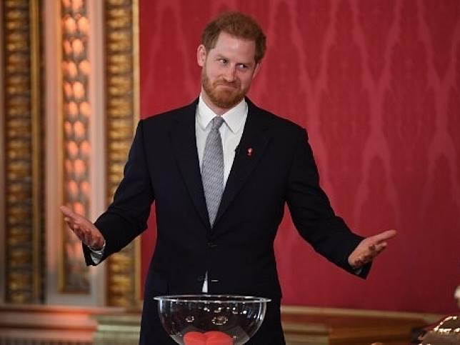 哈里王子宣布退位英國高級王室成員身份後首度出席活動。(法新社)