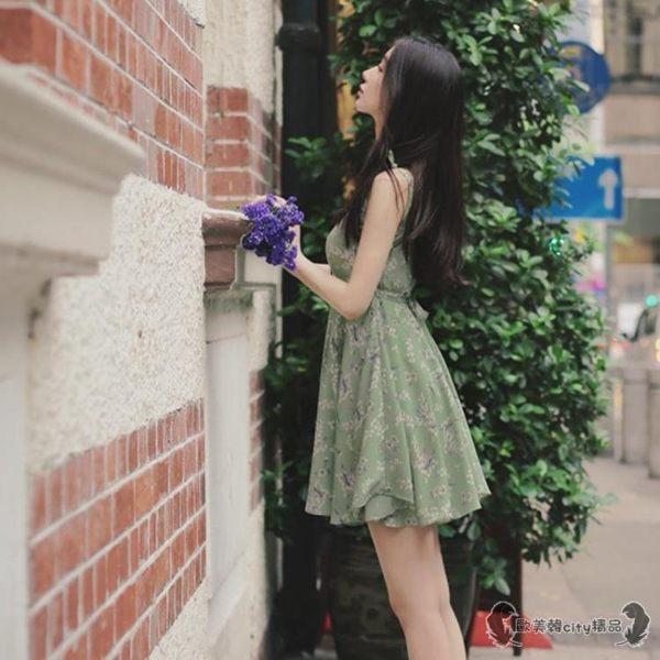 洋裝 小個子女裝150cm顯高露背吊帶碎花連身裙短裙矮 - 歐美韓city精品