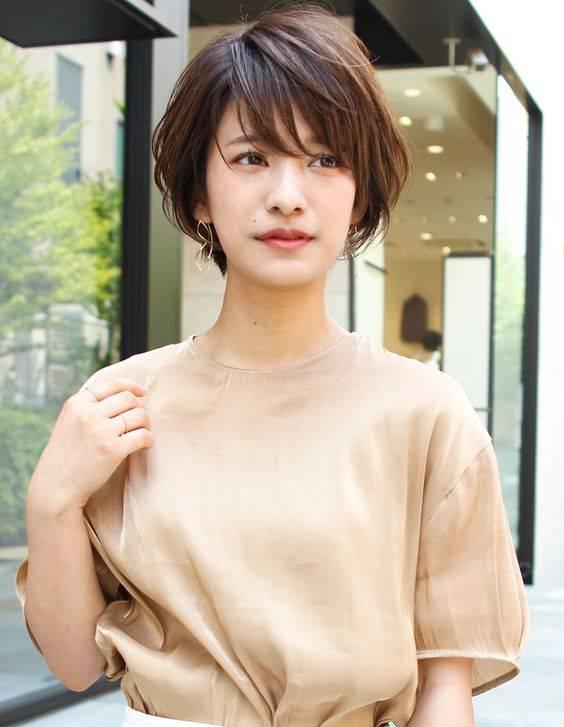 8 Model Rambut Pendek Untuk Wanita Usia 40 An Agar Terlihat Lebih Glowing Womantalk Com Line Today