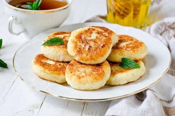 Bikin Ngiler, 5 Pancake Khas Rusia Ini Harus Banget Kamu Cicipi