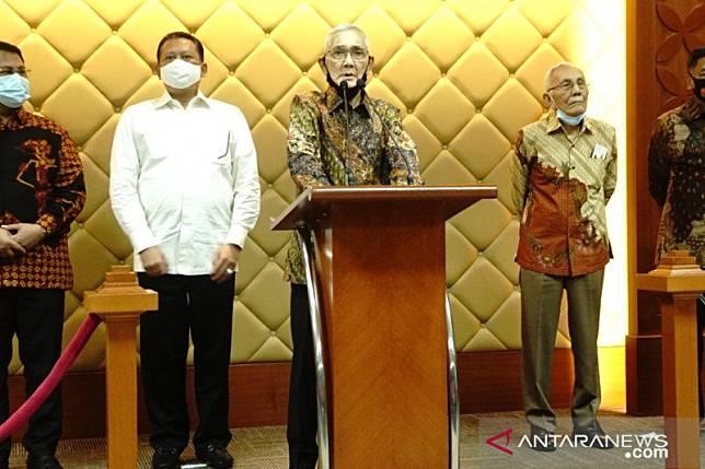 Try Sutrisno dan Purnawirawan TNI-Polri dukung RUU HIP diganti RUU PIP