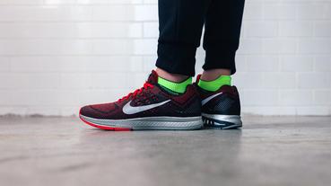 新聞速報 / Nike Air Zoom Structure 18