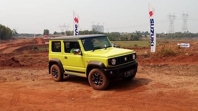Tes drive Suzuki Jimny di BSD, Tanggerang.