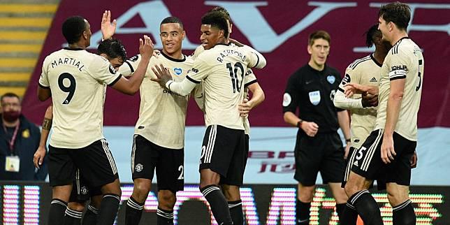 Selebrasi Skuad Manchester United untuk gol Mason Greenwood ke gawang Aston Villa. (c) AP Photo