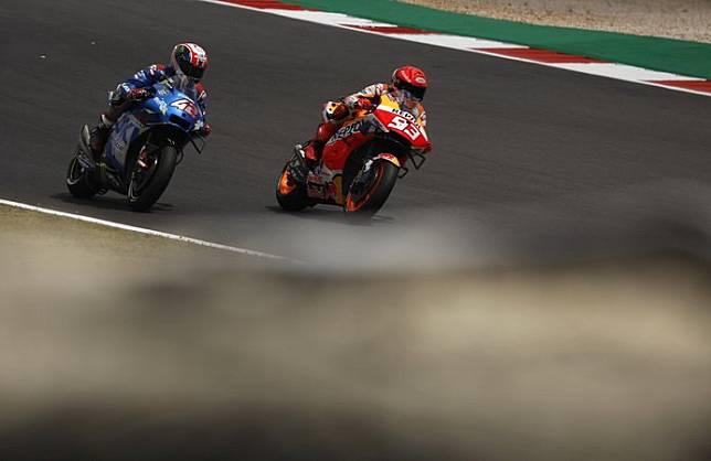 Akan Pensiun saat Tak Lagi Kompetitif, Marc Marquez Sindir Valentino Rossi?