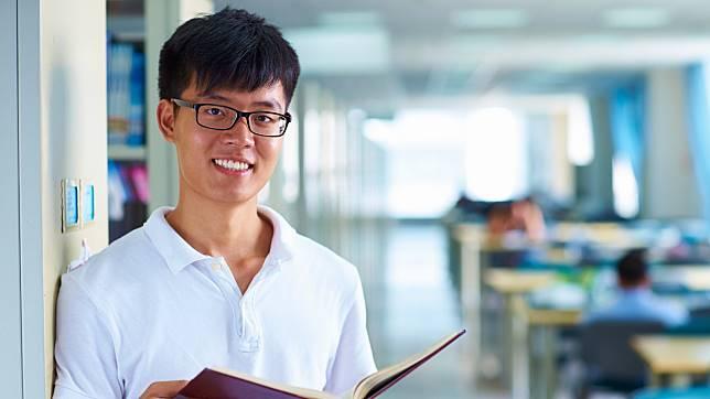 480.900 Pemuda China Lulusan S1-S3 Balik ke Negaranya di 2017