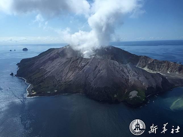 ตร.นิวซีแลนด์เผยยอดดับ 5 ศพ เซ่นเกาะภูเขาไฟปะทุ หวั่นเจ็บ-ตายเพิ่ม