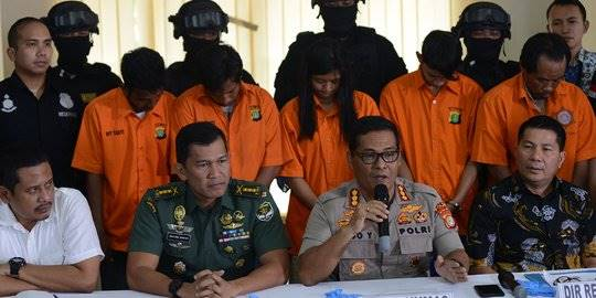 Rilis kasus pengeroyokan TNI. ©2018 Merdeka.com/Imam Buhori