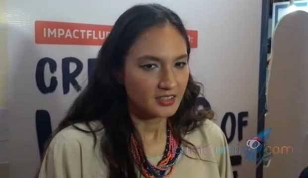 Dikabarkan Sedang Hamil, Ini Kata Nadine Chandrawinata