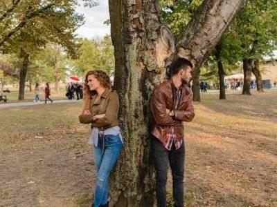 Hubungan 3 Pasang Zodiak Ini Diprediksi Bakal Berakhir Tak Bahagia