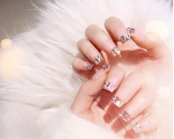 假指甲片網紅同款裸色指甲貼片帶鑚美甲片成品ins風果凍膠持久防水假指甲 晴天時尚館
