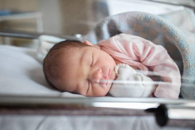 Moms Perlu Tahu, Risiko Bayi Lahir Prematur