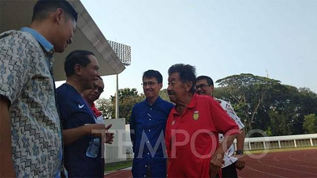 Menteri Pemuda dan Olahraga Zainudin Amali, Ketua Komite Olimpiade Indonesia Raja Sapta Oktohari, dan Ketua PB PASI Bob Hasan mengunjungi Pelatnas Atletik, Stadion Madya, Senayan, Jakarta, Jumat, 25 Oktober 2019. TEMPO/Irsyan