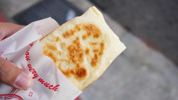 【台北美食】金品豆腐捲-皮薄餡多的美味捲餅