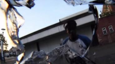 鏡頭貼身拍攝單車街頭極限運動 失手直接撞破鏡頭!