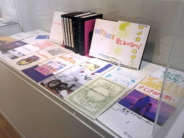 還有各套日劇的劇本,由劇本的包裝便可知日本人是多麼尊重編劇。(互聯網)