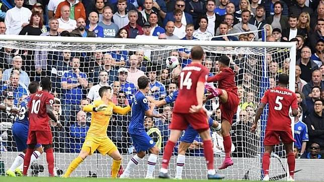 Liverpool Kerja Keras Kalahkan Chelsea di Stamford Bridge
