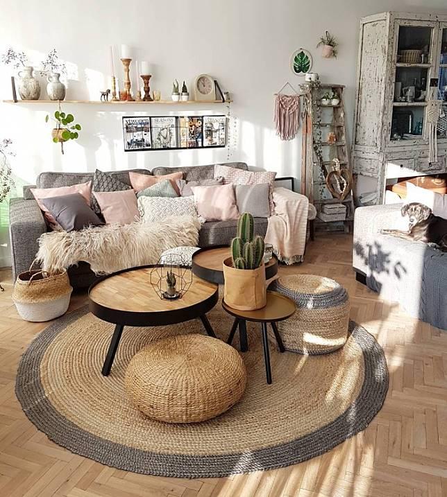 Intip Cantiknya Perpaduan Banyak Konsep di Rumah Bernuansa Hangat
