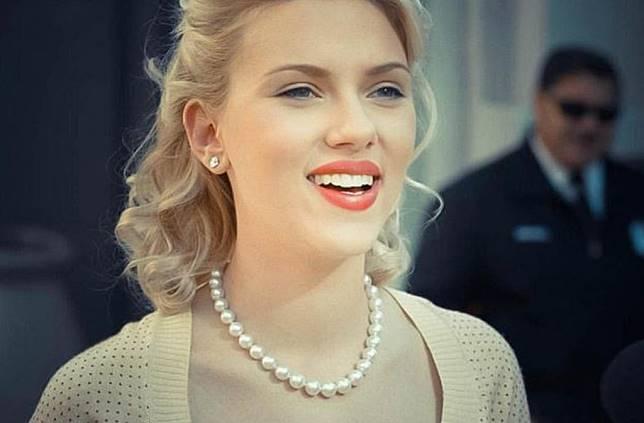 5 Produk Makeup Ini Bisa Buat Kamu Terlihat Lebih Awet Mudah Seperti Scarlett Johansson Lho Babes