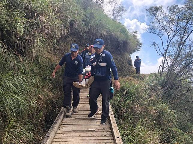 領隊在玉山登山口500公尺處突倒地 急救後不治身亡
