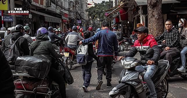 The Street of Hanoi ความวุ่นวายที่ลงตัวภายในเมืองหลวงของประเทศเวียดนาม