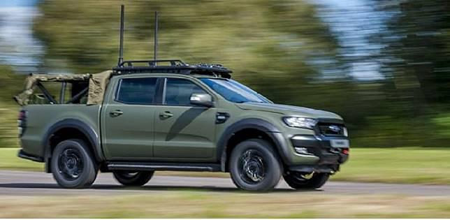 Ford Ranger versi militer Inggris. Sumber: carscoops.com