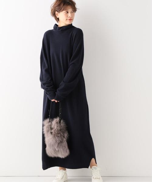寬鬆半高領簡約側邊開叉長版針織連身裙