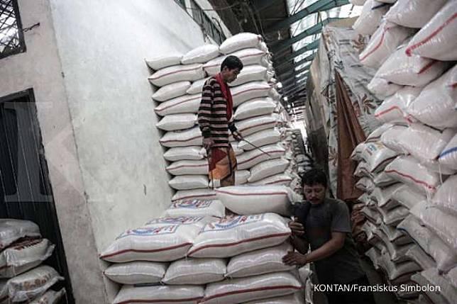 Cerita pedagang beras Cipinang yang kini jualan beras bansos