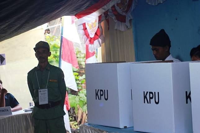 KEGIATAN Pemilu Serentak 2019 di wilayah Kabupaten Cianjur, Jawa Barat menelan korban jiwa atas nama Somantri (51) seorang ketua KPPS wilayah Kecamatan Cidaun, Kabupaten Cianjur karena faktor kelelahan