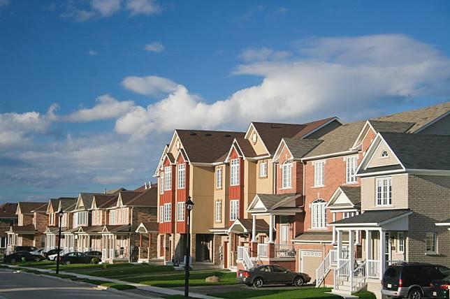 Membedah 3 Perbedaan Rumah Cluster dan Town House