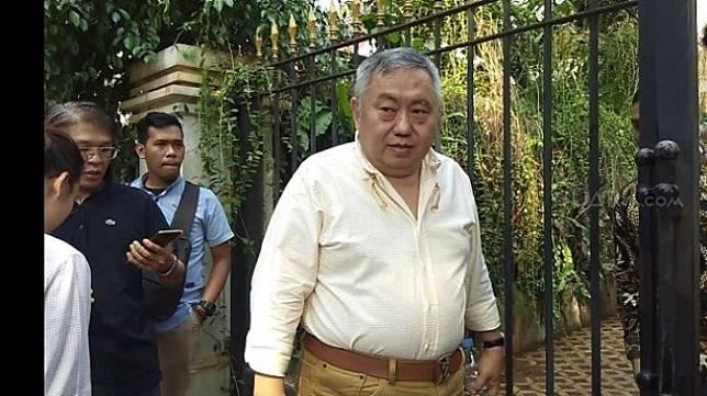 Lieus Sungkharisma saat ditemui wartawan di Rumah Prabowo, Kertanegara. (Suara.com/Ria Rizki).