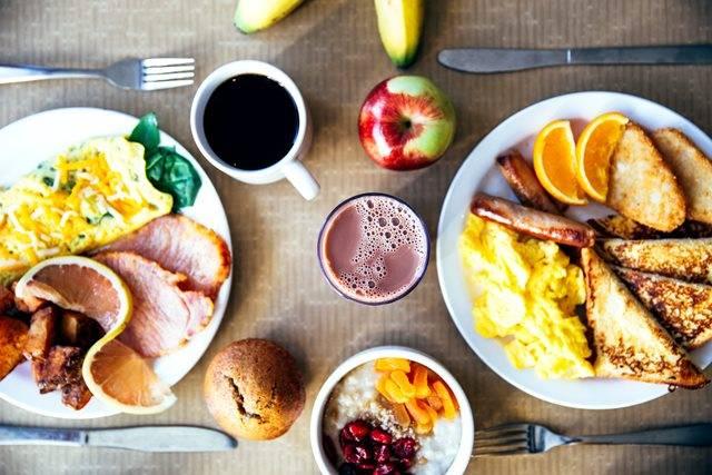 Berikut adalah beberapa jenis sarapan yang dikonsumsi di berbagai negara. (Foto: Pexels.com)
