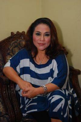 Komedian Srimulat Tri Retno Prayudati atau populer dengan nama panggung Nunung terancam 5 tahun penjara.