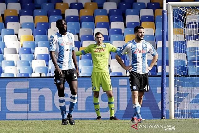 Lazio berjibaku kalahkan Genoa, gol larut Cagliari mengimbangi Napoli