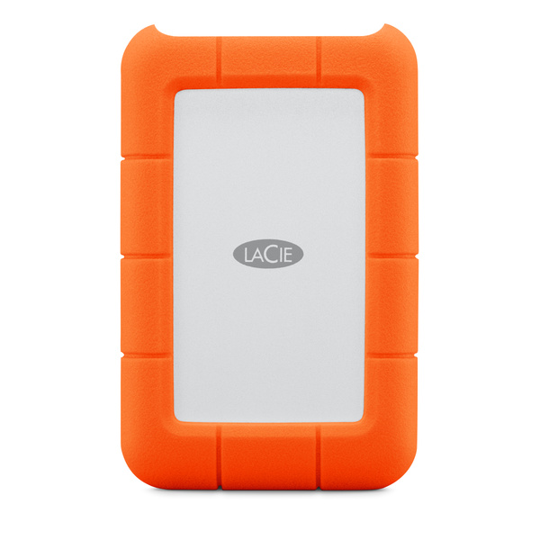 LaCie Rugged USB-C 可攜式硬碟結合了優異的耐用性以及頂尖的 USB-C 連接能力。它可與最新 MacBook Pro 機型及其他較舊機種相容,成為安全的資料存放庫。LaCie Rug
