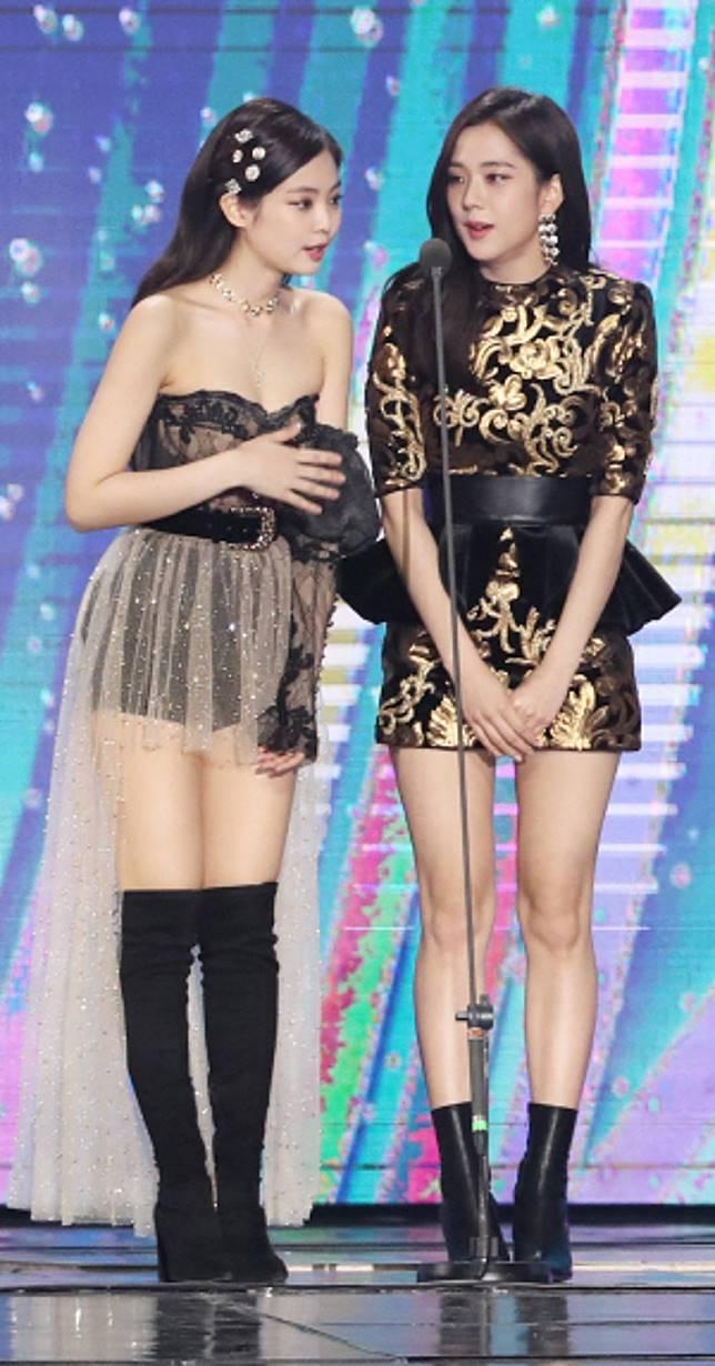 Jisoo與Jennie(左)亦成功入榜。