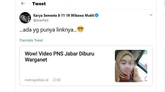 Iwan Fals, pada Jumat (20/9/2019), mengunggah judul berita tentang video porno yang sedang ramai dibahas warganet di Twitter. [Suara.com/Twitter/@iwanfals]