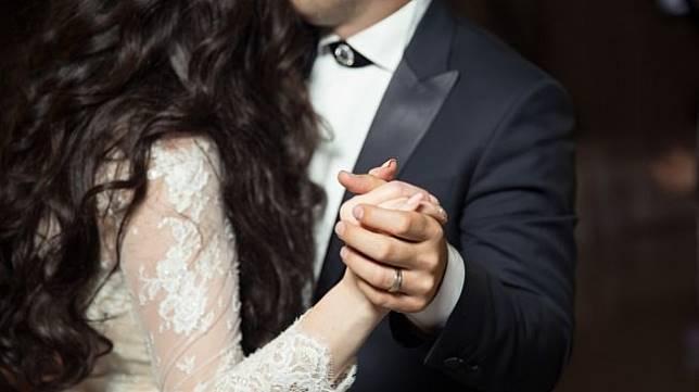 Ilustrasi prank di hari pernikahan. (Unsplash/Alvin Mahmudov)