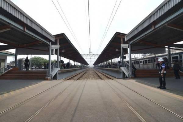 5 Stasiun Kereta di Indonesia dengan Lagu Khas yang Unik
